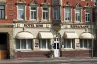 Hotel Ross Image