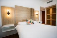 Hotel City House Soloy & Casino Image