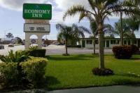 Economy Inn Okeechobee Image