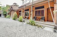 Hotel Ratu Image