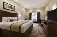 Baymont Inn & Suites Victoria Image