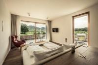MALAT Weingut und Hotel Image