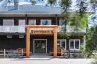Pine Bungalows Image