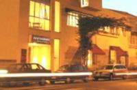 Hotel Shelton Image
