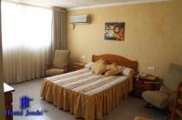 Hotel Jendri Image