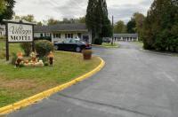 Villager Motel Image