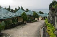 Danau Toba International Cottage Image