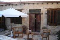 Agios Theodoros Cottage Image
