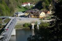 Gasthof zur Donaubrücke Image