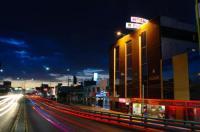 Hotel Elizabeth Central Image