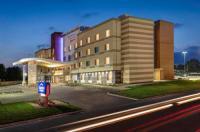 Fairfield Inn And Suites Hutchinson Image