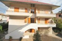Appartamenti Pino Italico Image
