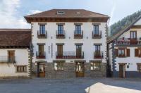 Hotel Rural Auñamendi Image