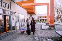 Hotel Debowiec Image