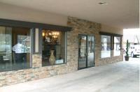 Talbot Trail Inn & Suites Image