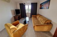 Hotel Podróznik Image
