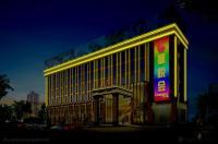 Cheerful Hotel Image