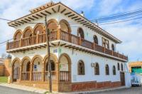 Hostel Villa Cabreros Image