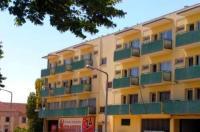 Hotel Miraneve Image