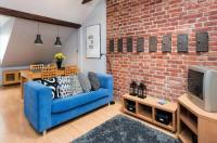 Attic Apartment Image