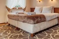 Hotel Dwór Choiny Image