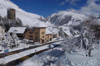 Sust Lodge am Gotthard Image