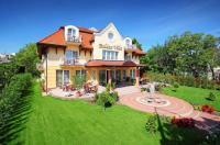 Balazs Villa Image