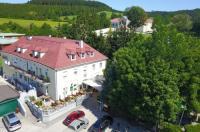 Gasthof zum alten Jagdschloss Image