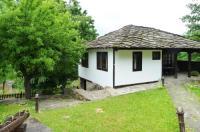 Tacheva Family House - Pool Access Image