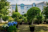 Hotel Campanile Roissy Image