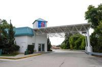 Motel 6 Warwick RI - Providence Airport - I-95 Image