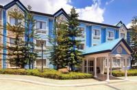 Microtel Inn & Suites By Wyndham Baguio Image