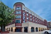 Hampton Inn & Suites Chapel Hill/Carrboro Image