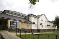 Premier Inn Epsom Central Image
