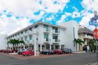 Hotel Plaza Playa Image