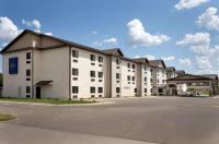 Baymont Inn & Suites Wellington Image