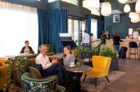 Quality Suites Lyon Confluence Image