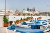 Hotel Aranea Image