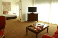 Manila Pavilion Hotel & Casino Image