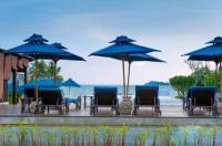 The Oriental Beach Resort Image