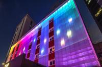 Zip Hotel Image