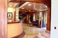 Hotel Menano Image