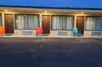 North Shore Wayside Inn Image