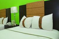 Hotel Esmeraldas Image