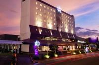 Fame Hotel Gading Serpong Image