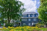 Hotel Haus Oberland Image