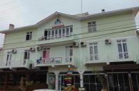 Hostel Canasvieiras Image