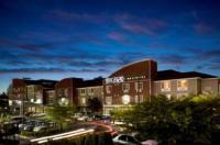 BEST WESTERN PLUS Navigator Inn & Suites Image