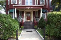 A Friendly Inn at Harvard Image