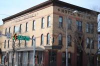 Hotel Wayne Image